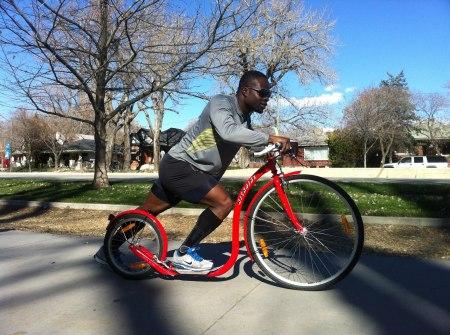 Akwasi on Kickbike pic